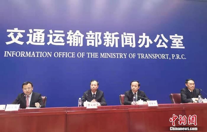 交通部回應明年貨車通行費變化:確保不增加總體負擔