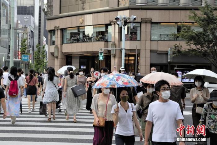 日本东京遭高温天气侵袭 8月已有103人因中暑死亡
