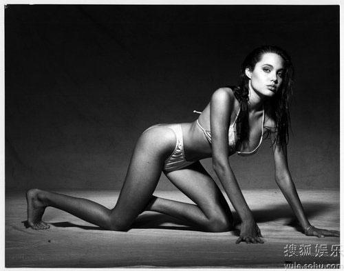 angelina jolie modeling photos. Angelina Jolie#39;s modeling