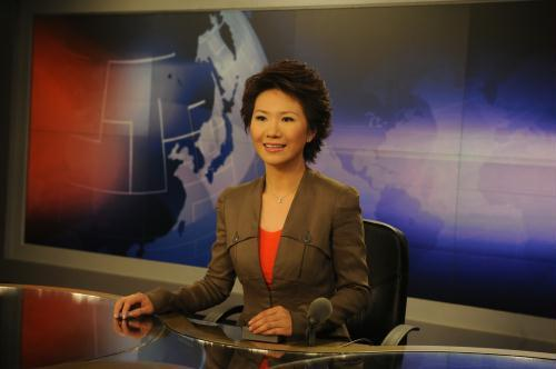 CCTV anchor Liu Xin is making preparation for brand new program.