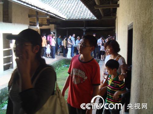 五一小长假 韶山毛主席故居游客如织