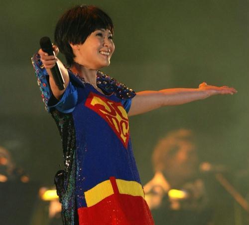 刘若英变女超人