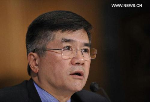 U.S. Secretary of Commerce Gary Locke testifies before the Senate Finance Committee on U.S.-China economic relations on Capitol Hill in Washington D.C., capital of the United States, June 23, 2010.(Xinhua/Zhang Jun)