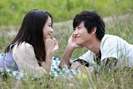 五种心理活动表示你已经爱上一个人