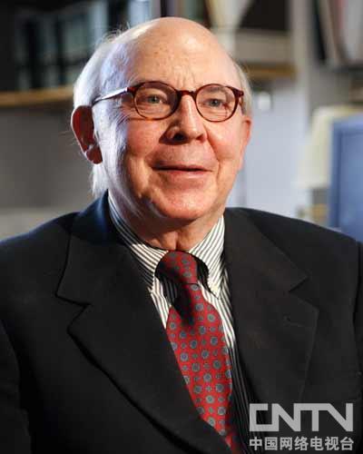 原美国经济史学协会主席,纽约大学商学院教授,《剑桥美国经济史》作者之一