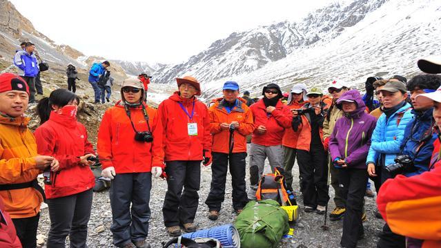 岗什卡雪峰将成为中国滑雪登山的名山