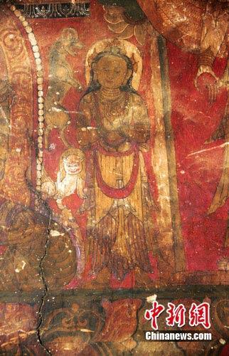 元代佛寺壁画惊现丹巴经堂碉 展汉藏结合画风