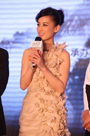 黄圣依身兼数职美女不断片约总裁憧憬美好爱日本美女跳蛋图片