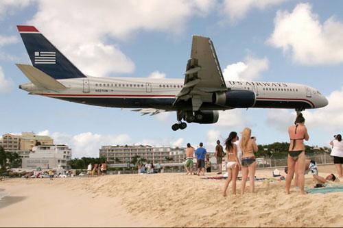飞机降落前的高度