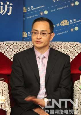 都医科大学宣武医院副院长神经外科主任医师、教授吉训明