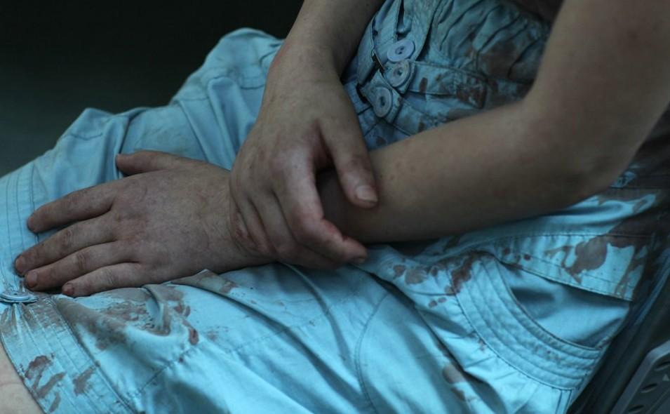 深圳女子夜遇强暴挥水果刀刺色狼 逃跑途中男子昏迷图片