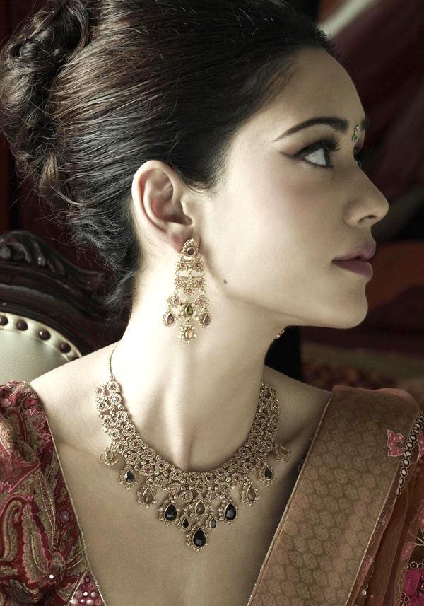 绝世惊艳的华丽 美丽的印度新娘图 粤语台