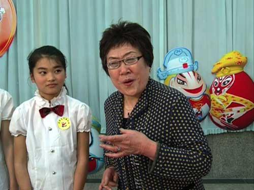 嘉宾王凤云老师为同学们讲解四平调的基本知识