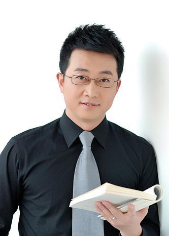 主持人:杨海东