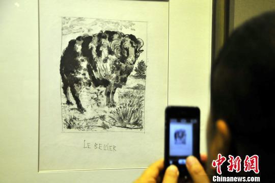 11月23日,由北京大学和新疆文化厅主办的《大师印记赛克勒博物馆藏西洋版画展》在位于新疆乌鲁木齐的新疆博物馆开展,十位著名西方艺术大师的百余件(套)版画作品供市民免费欣赏,其中有8件是西班牙著名画家毕加索的作品。