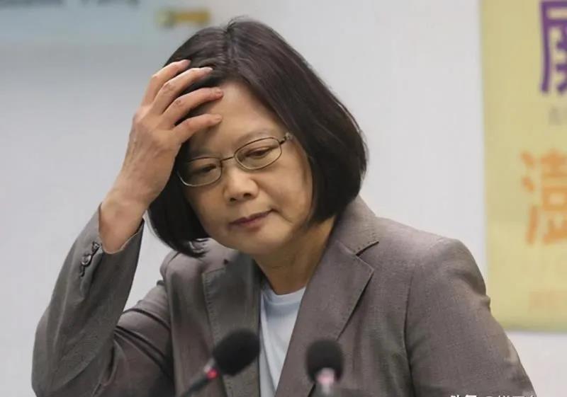 总台海峡时评丨民进党当局将和蓬佩奥之流一样被钉上历史耻辱柱