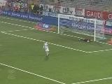 <a href=http://sports.cntv.cn/20120312/107944.shtml target=_blank>[意甲]第27轮:诺瓦拉1-0乌迪内斯 比赛集锦</a>