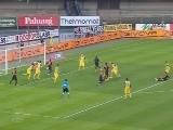 <a href=http://sports.cntv.cn/20120503/102898.shtml target=_blank>[意甲]第36轮:切沃0-0罗马 比赛集锦</a>