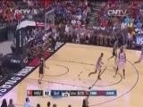 <a href=http://sports.cntv.cn/2014/08/05/VIDE1407244080407422.shtml target=_blank>[NBA最前线]本内特夏季联赛精彩表现回顾</a>