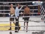 [拳击]中量级10回合赛:奥沙利文VS道格拉斯