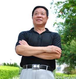 书法家协会会员、香港中华艺术家协会一级书法师、中国书画名