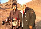节目主创杨志鹏和王春宁在内蒙古拍摄