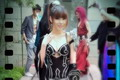 叶梓萱抱怨COS服装太小 发布会现场当众整衣