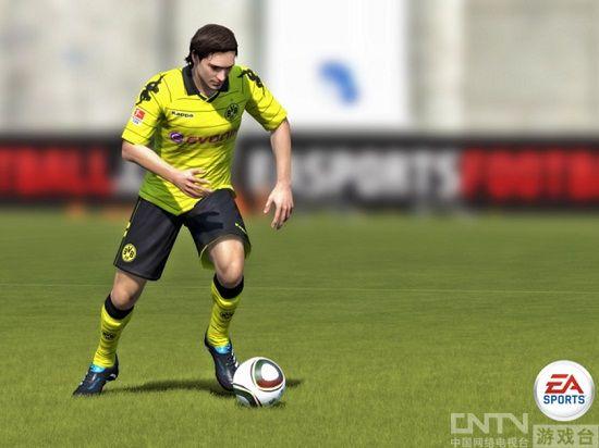 全新高度的足球游戏《FIFA12》给力评测