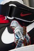 NIKE运动鞋上的《刺客信条》