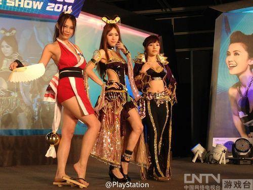 ags2011现场美女如云 不知火舞等众多cos欣赏