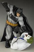 小丑狂笑再亮神经刀 寿屋12寸蝙蝠侠战小丑模型图赏