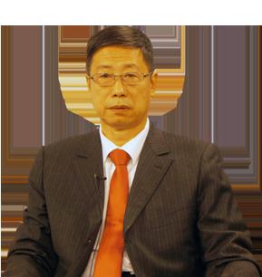 曾任红旗出版社副总编辑,现任中共中央《求是》杂志研究员.
