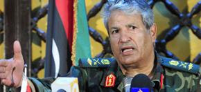 "<br><font color=blue><font size=2><font color=brown>【7月28日】</font>反对派最高军事指挥官遇刺身亡  </font></font><br><br>利比亚反对派武装组织最高司令阿卜杜·法塔赫·尤尼斯在班加西遭无名枪手射击遇刺身亡,疑似因""内讧""遇刺,他的被杀对反对派不啻是一记重创。"
