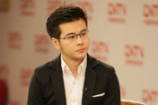 中国网络电视台新闻台主播