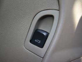 奥迪-奥迪A4L车厢内饰图片