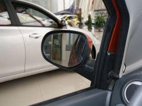 长安-奔奔MINI车厢内饰图片