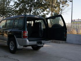 长丰-猎豹黑金刚车厢内饰图片