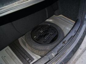 东风风神-风神S30中控方向盘图片