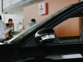 东南-V3菱悦车身外观图片
