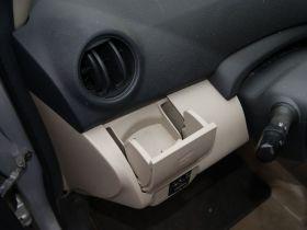 丰田-威驰车厢内饰图片