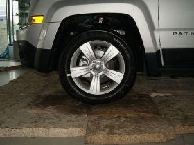 Jeep吉普-自由客其他细节图片