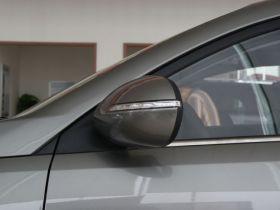起亚-智跑车身外观图片