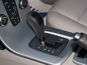 沃尔沃-沃尔沃S40中控方向盘图片