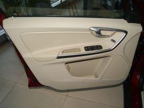 沃尔沃-沃尔沃XC60车厢内饰图片
