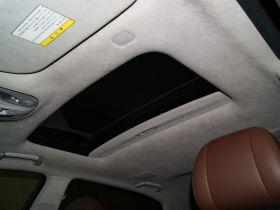 现代-雅科仕车厢内饰图片
