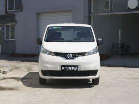 日产-日产NV200车身外观图片