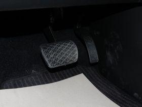 双龙-柯兰多车厢内饰图片