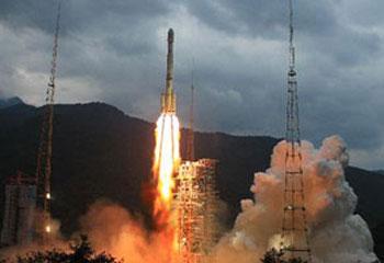 <font color=blue>[Programa Especial de CCTV]:</font>El Lanzamiento del segundo satelite lunar Chang&acute;e II