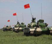 我军新型主战坦克