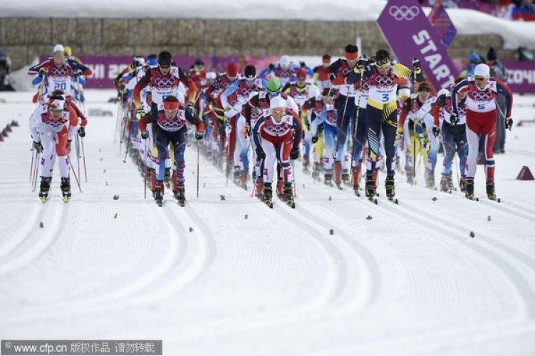 [高清组图]越野滑雪男子30公里 瑞士科洛格纳夺冠
